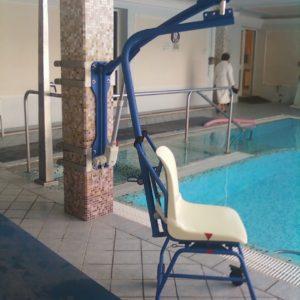 Elevateur fixé de piscine Solah